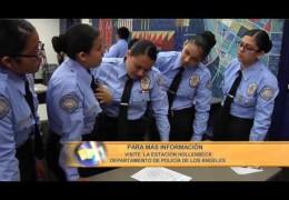 Capitán de la Policía de la División de Hollenbeck en Los Angeles habla sobre el Programa de Cadetes para jóvenes en la comunidad